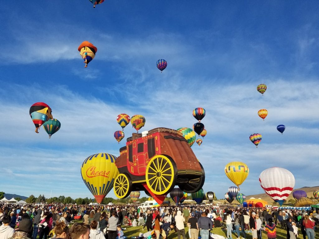 living in reno balloon races hot air balloon crowd of people